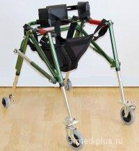 Ходунки на 4-х колесах для детей больных ДЦП. HMP-KA 3200